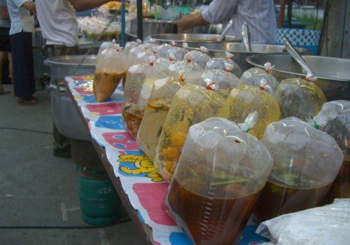 Thai to-go boxes
